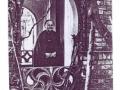 Podopieczna Przytułku na ganku wejścia głównego budynku, ok 1920.